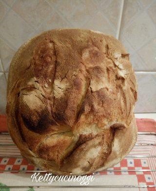 Pane semplice con prefermento e pasta madre