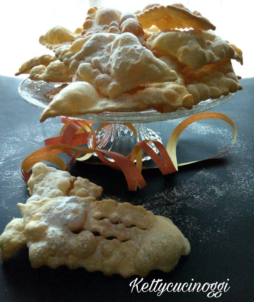 Chiacchiere dolci di carnevale