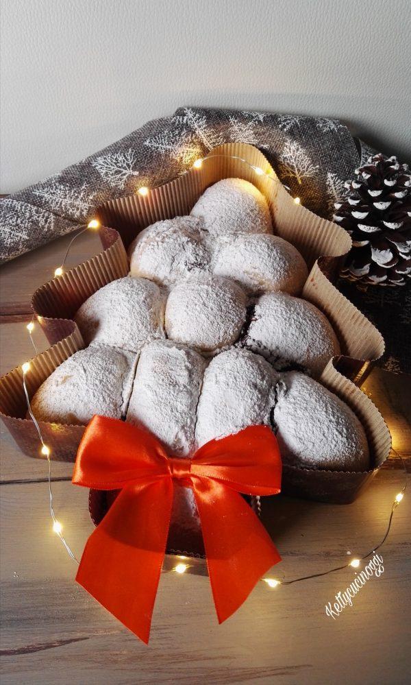 Ecco qui come si presenterà il nostro <i><b>Danubio dolce albero di Natale</b></i> una volta pronto.