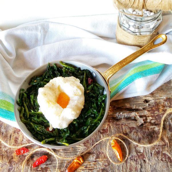 Serviamo a tavola cosi il nostro secondo di <i><b>Cima di rapa con uovo al forno</b></i>