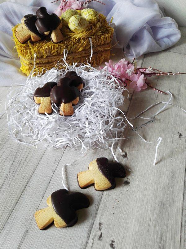 Ecco qui le nostre <b>Colombine di pasta frolla </b></i>  pronte per spiccare il volo e arrivare direttamente sulla nostra tavola.