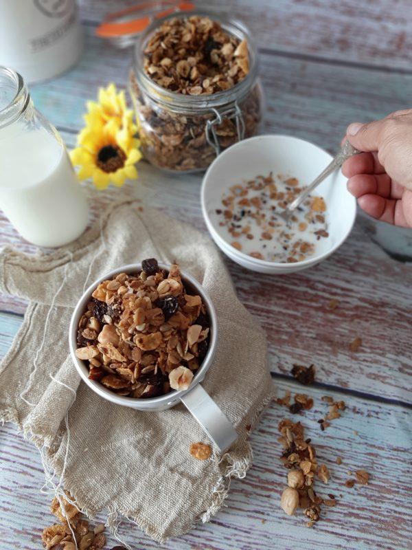 La nostra <i><b>granola homemade</b></i> è pronta poi per la nostra colazione.