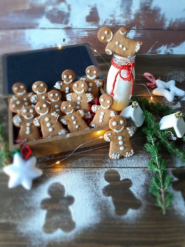 I nostri  <i><b>gingerbread pan di zenzero</b></i> sono pronti per essere impachettati, oppure da mangiare per la merenda.