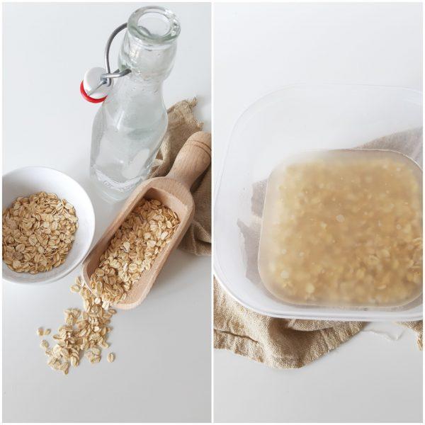 Fare bollire 250 ml di acqua e versarla in una ciotola insieme ai fiocchi di avena.
