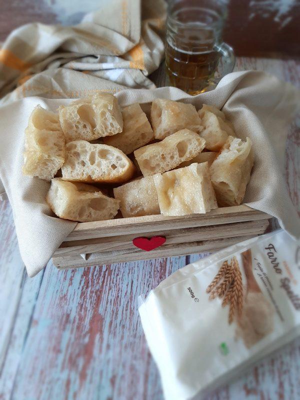 Che dire una volta pronta possiamo mangiarla così semplicemente, oppure farcirla con affettati e formaggi.