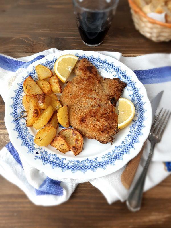 """Il nostro piatto goloso è pronto per essere portato a tavola, accompagnato da <a href=""""https://www.kettycucinooggi.com/patatine-novelle-al-timo-lime-e-rosmarino-cotte-in-forno/"""" />patate al forno</a>"""