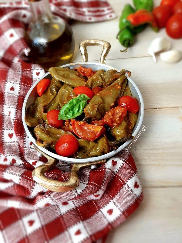 Una volta pronti possiamo servirli a tavola sia caldi che tiepidi saranno ugualmente ottimi.